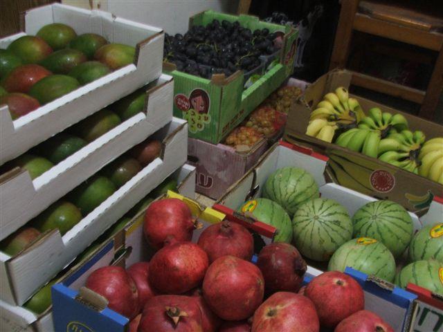 קניות בשוק הסיטונאי, יום שבת 1.10.2011